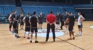 Трима с COVID-19 в македонския лагер, отложиха мача с Италия