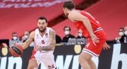 Отличен Везенков и Олимпиакос наваксаха 25 точки срещу ЦСКА, но изпуснаха победата
