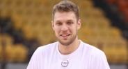 Везенков стартира с победа във виртуалния баскетболен шампионат