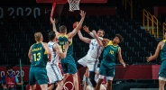 Австралия надви Италия в здраво дерби